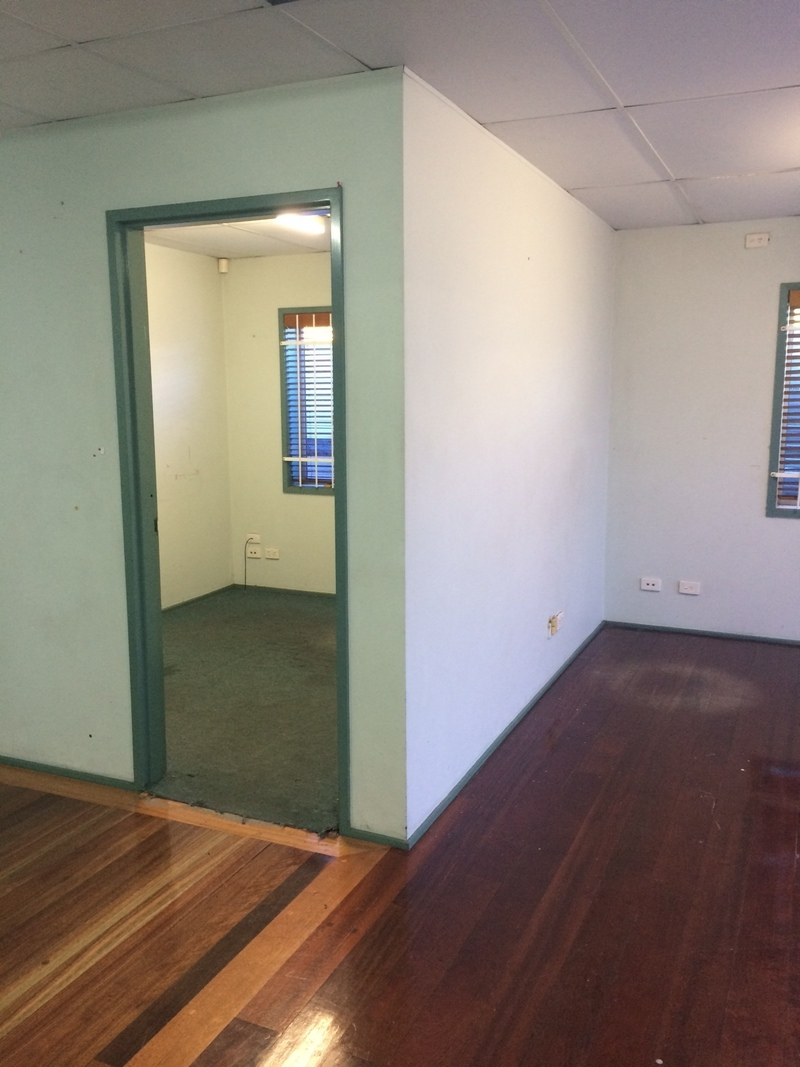 Excellent Freestanding Industrial Warehouse/Office Combo - For Lease
