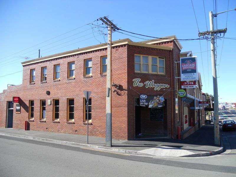 Waggon and Horses Hotel - Iconic North Hobart Institution