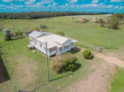 REMARKABLE OPPORTUNITY ON 5 ACRES CLOSE TO TOWN!