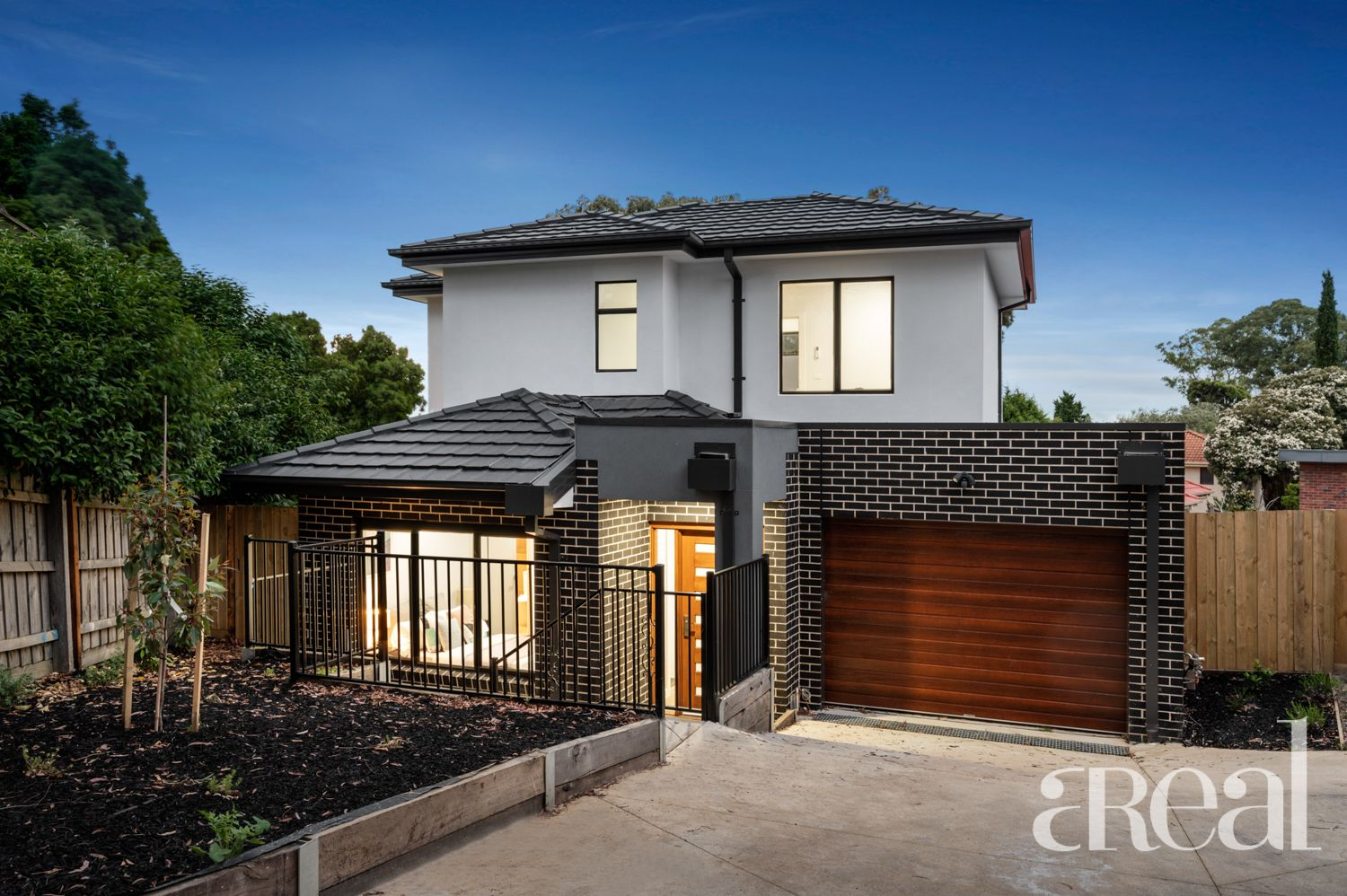 3/8 Neera Court, Glen Waverley VIC 3150
