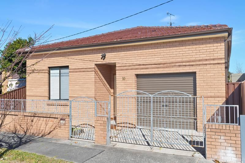 SOLD: Freestanding 3 Bedroom Home on 348sqm of Land