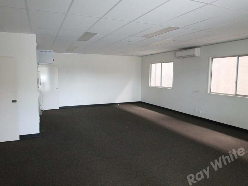 479SQM MODERN OFFICE/WARHOUSE