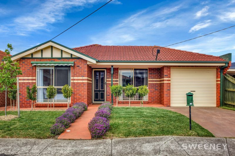 Premium Family Home or Investment Potential in Key Location!
