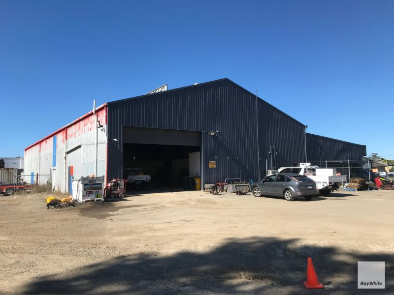 Large Industrial Warehouse Opportunity