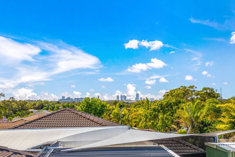 Private Rentals: 6 Rebbechi Court, Parkwood, QLD 4214