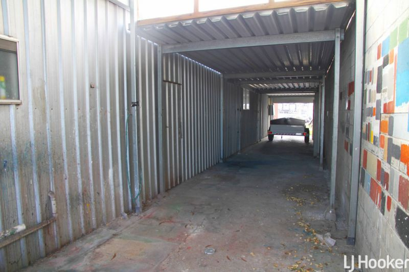 Industrial Shed For Lease In The Heart of Clontarf