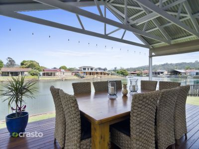 WIDE WATERFRONT IN PRIZED LOCATION.