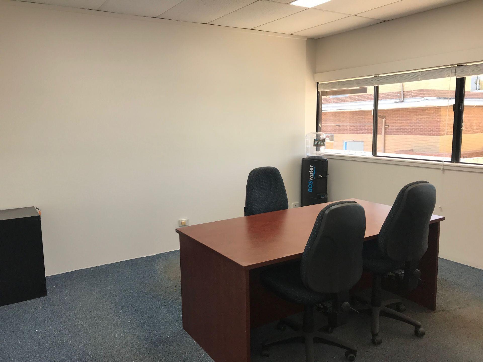 MODERN OFFICE SUITE - PALM BEACH CBD