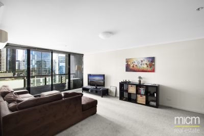 Yarra Condos: Modern Charm Abounds!