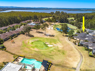 GOLF COURSE FRONTAGE - PICTURE PERFECT OUTLOOK