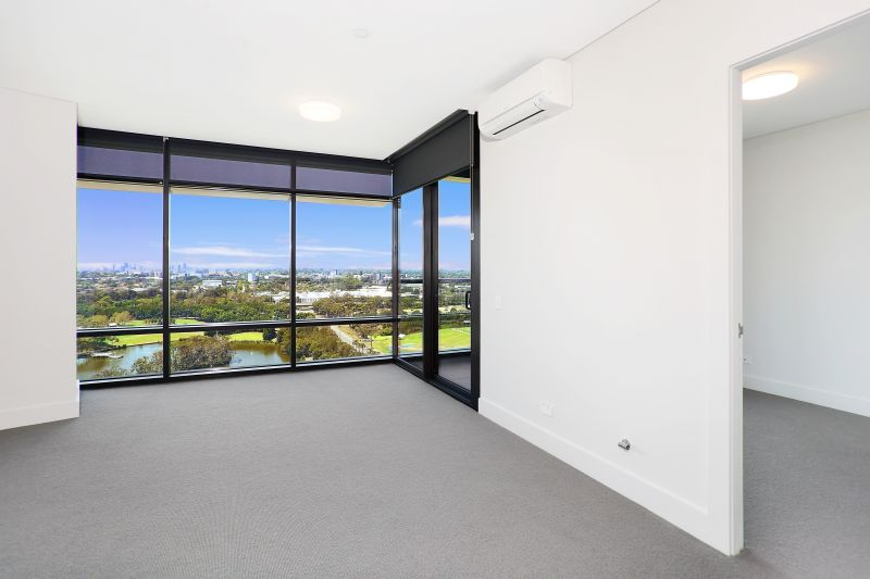 Beautiful One Bedroom Plus Study with Park Views