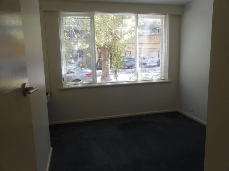 1/28 Arnold Street, South Yarra