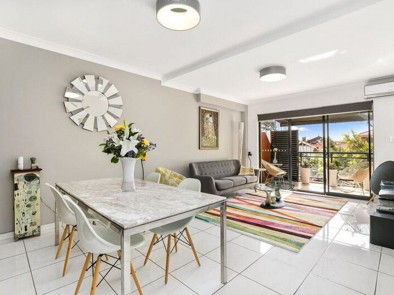 2/300-306 Canterbury Road, Canterbury
