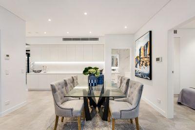 A Choice of 1 or 2 Brand New Luxury Residences on a Prestigious Cul-De-Sac