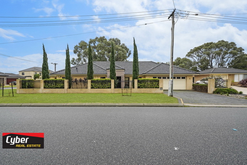 GREAT LOCATION IMMACULATE LARGE FAMILY HOME