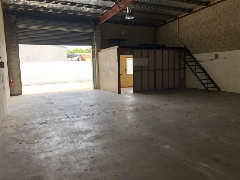 Strata Industrial Unit For Lease Beerwah