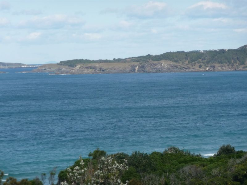 For Sale By Owner: 26 Headland Road, Sapphire Beach, NSW 2450