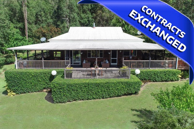 PRESTIGE, PRIVATE RETREAT UNDER NIMBIN ROCKS  - IMMACULATE TOP TO BOTTOM!