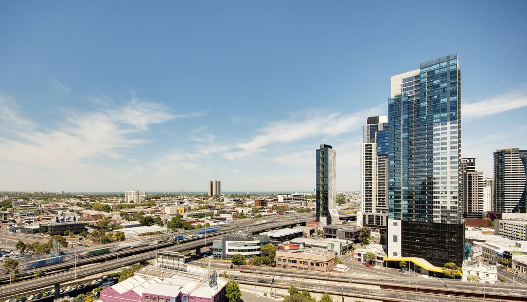 MAINPOINT, 38th floor - Separate Study & Large Terrace with Great Views!