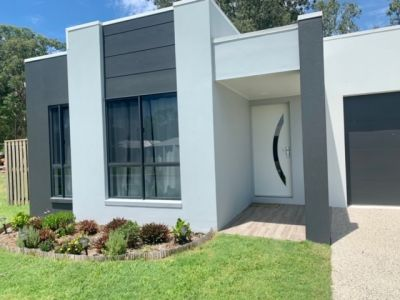 2 Year old modern family home for sale