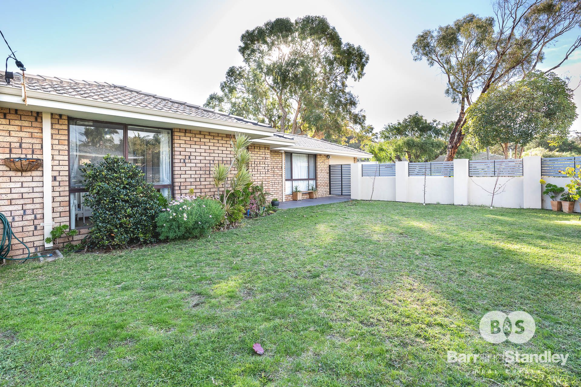 6 Murray Drive, Withers