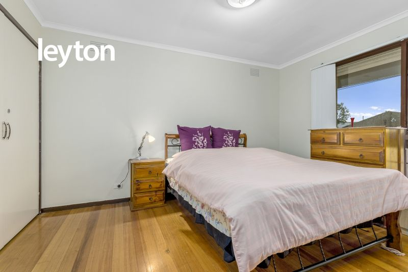 1/1 The Crescent, Springvale