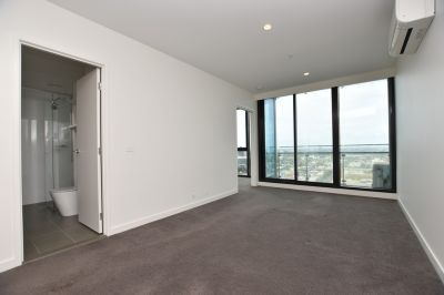 Two Bedroom Apartment with All the Luxuries!