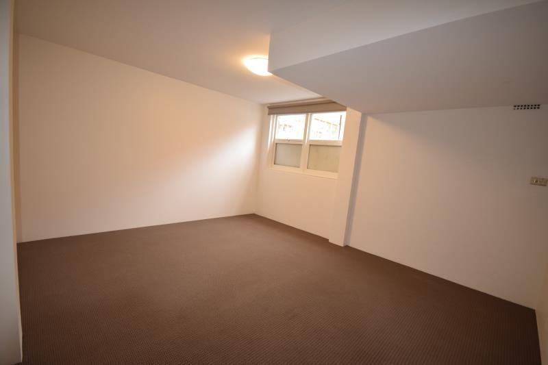 Single Room For Rent - $200 per week