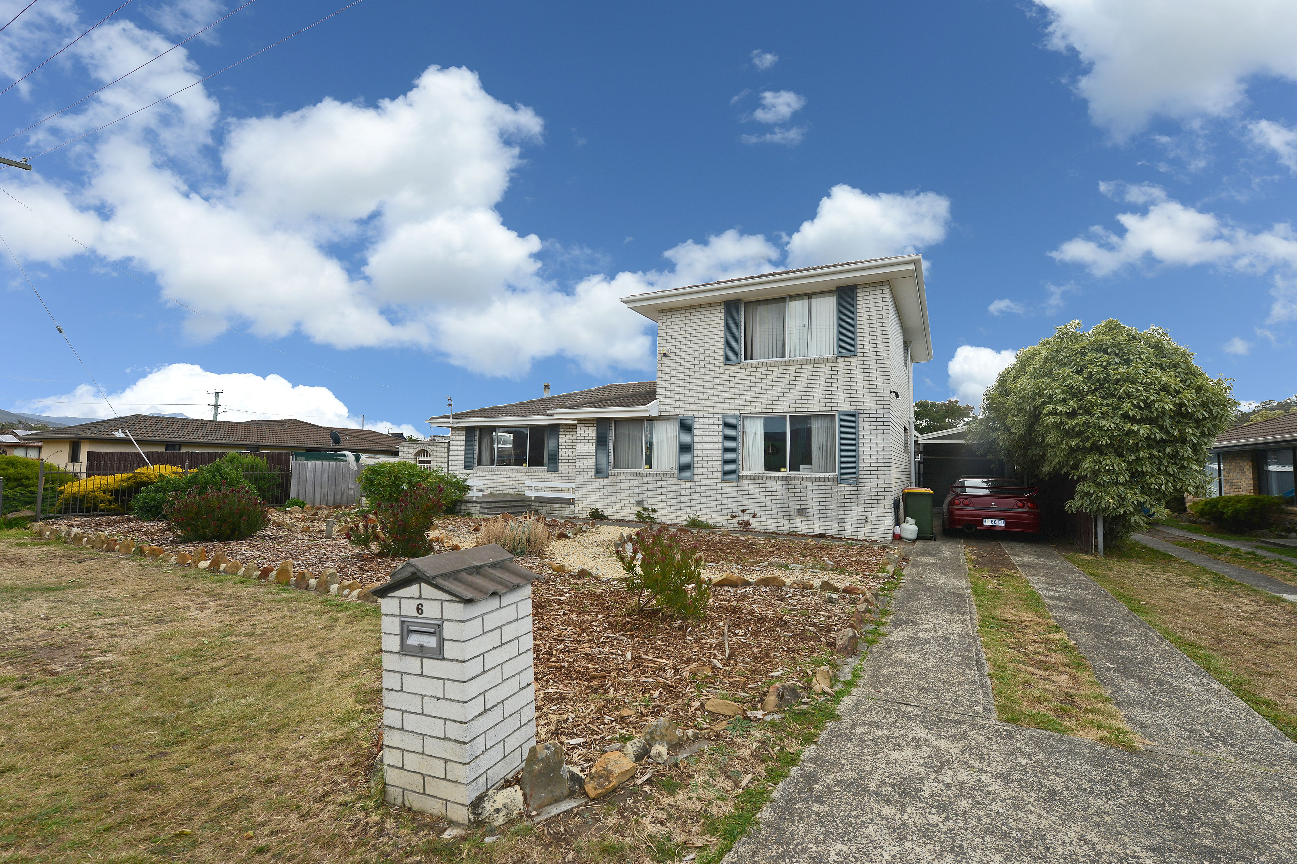 6 Sun Valley Drive, Old Beach
