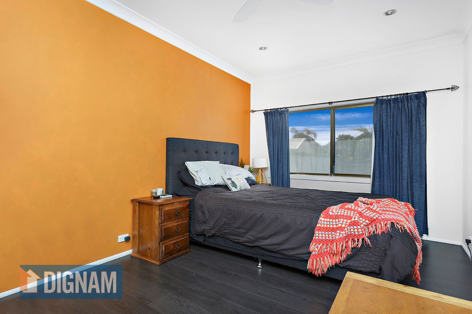 33 Royal Crescent, Woonona NSW