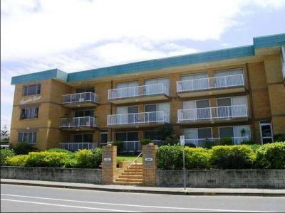 2-BEDROOM UNFURNISHED BEACH SIDE APARTMENT