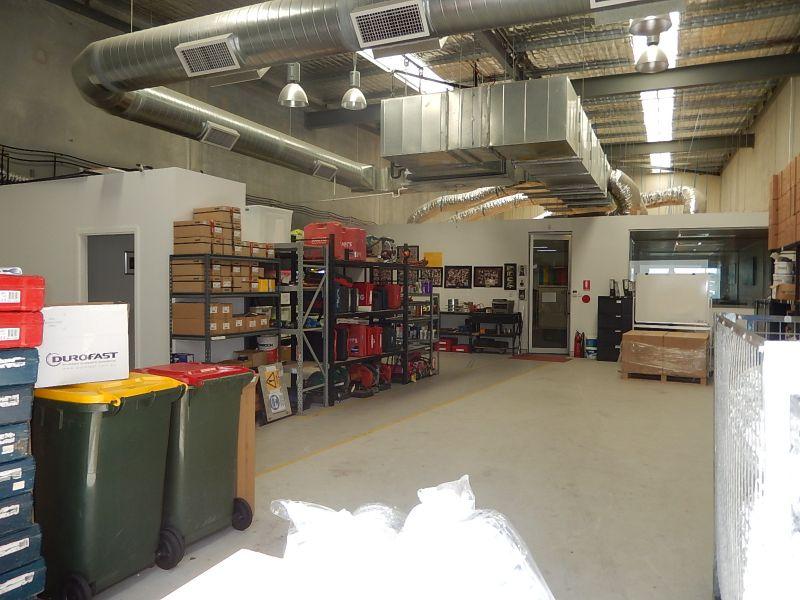 Unique Office & Warehouse - Impressive Fit Out