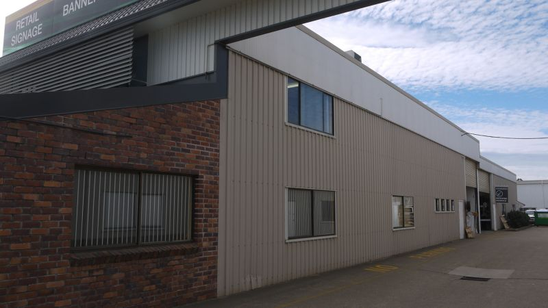 Showroom/Warehouse/Office With Exposure In Brendale