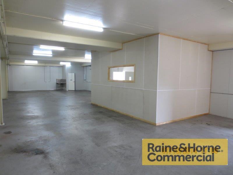 190sqm Warehouse/Workshop Space