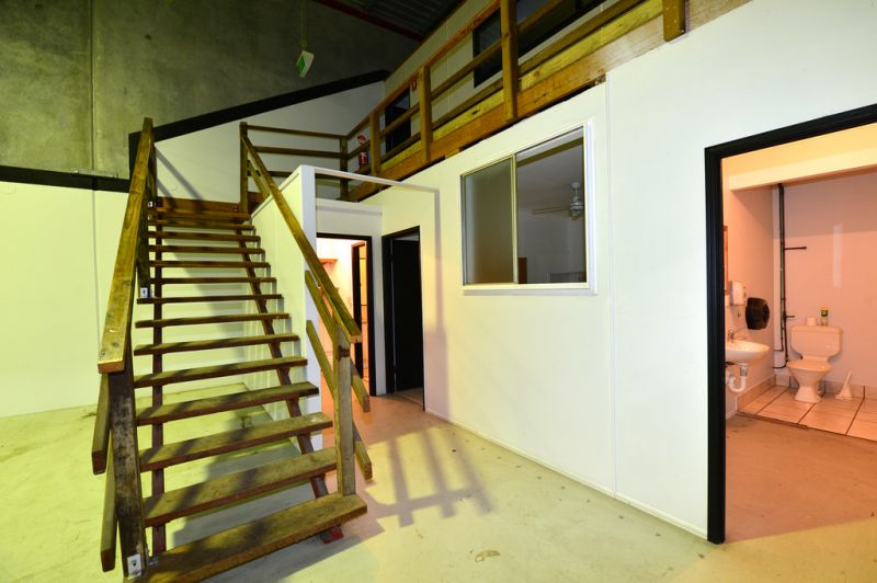 Exceptional Office Fit Out With Warehouse - Make An Offer