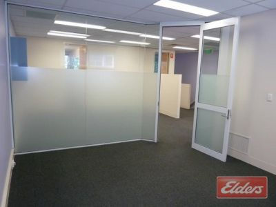 QUALITY SOUTHBANK OFFICE AT A BUDGET PRICE.