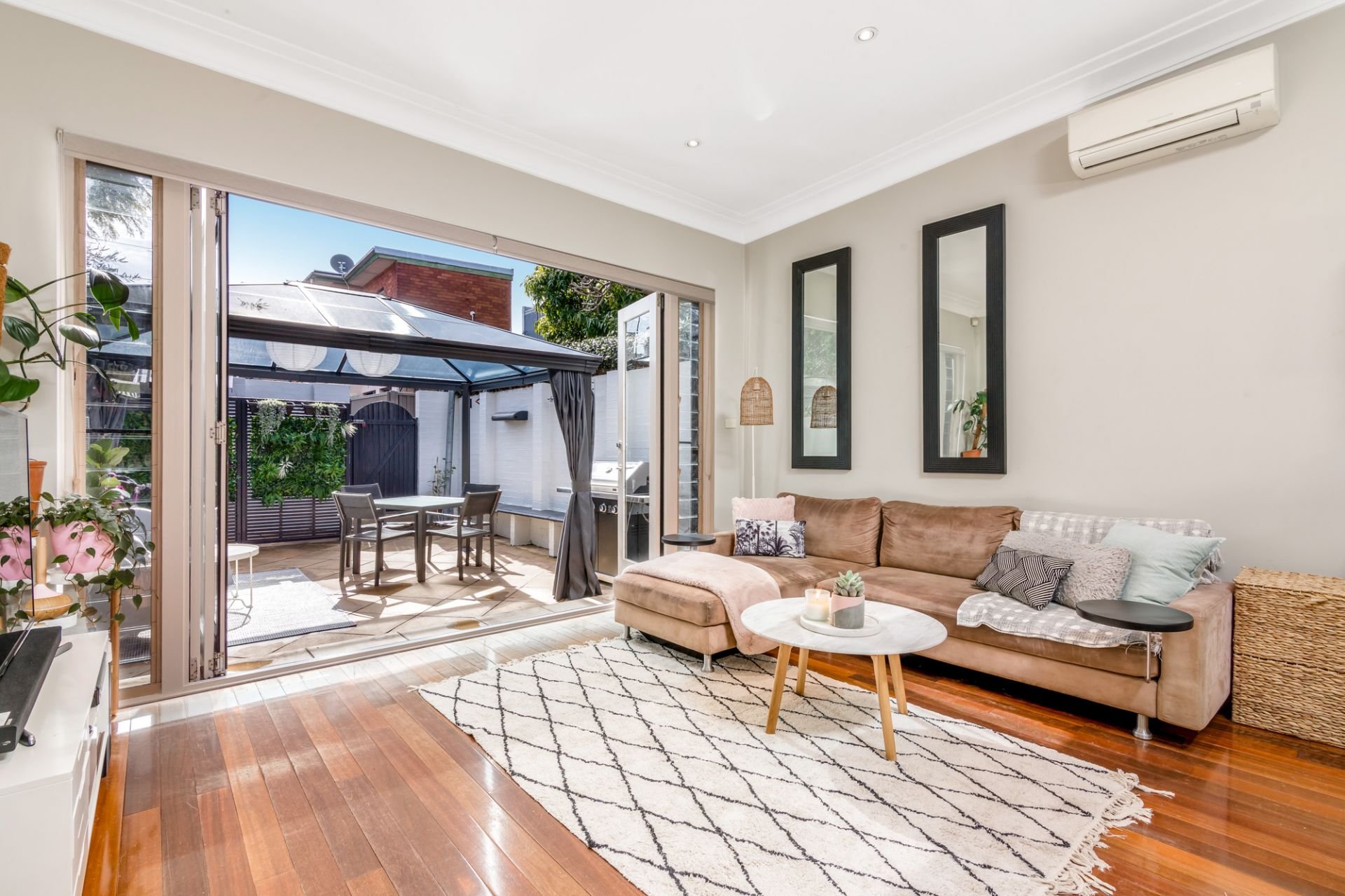 13 Station Street, Petersham