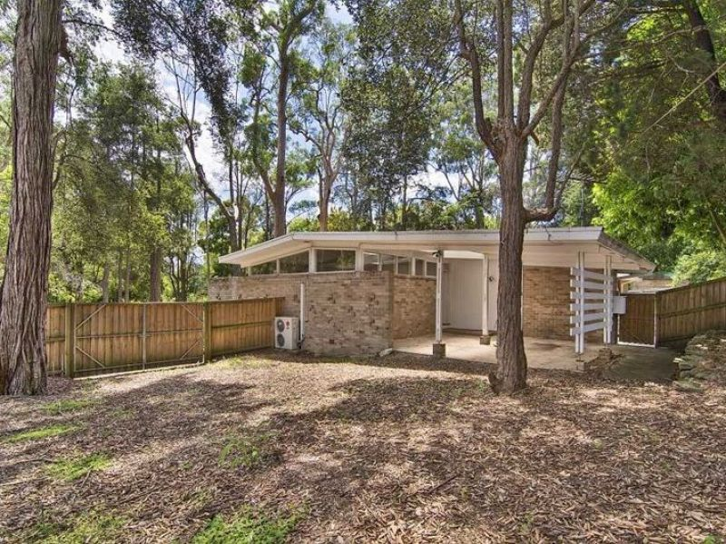 157 Burns Road, Turramurra