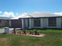 Brand New Modern Home in Urangan!