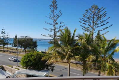 Stunning Broadwater Views, NE Aspect, Priced to Sell !!