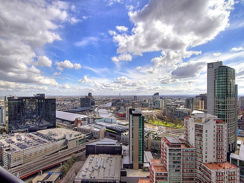 Melbourne Tower: 34th floor - FULLY FURNISHED: Welcome To Your New Home!