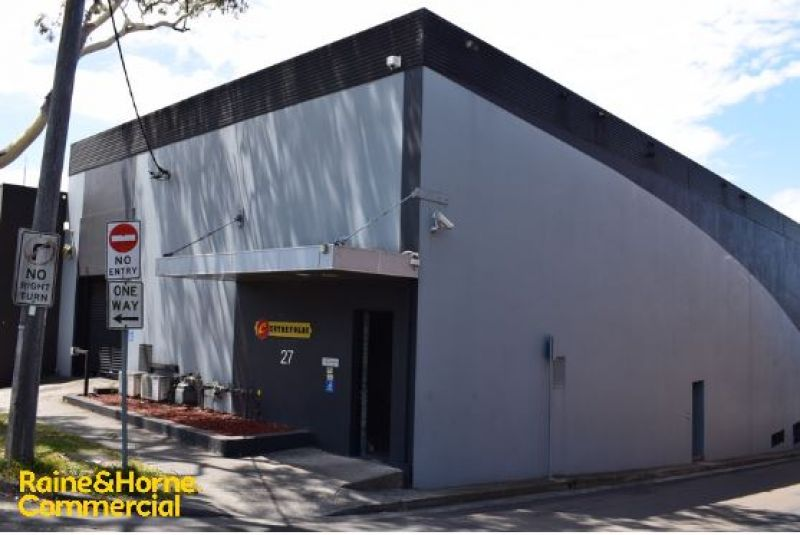 Freehold & Business Brothel Opportunity
