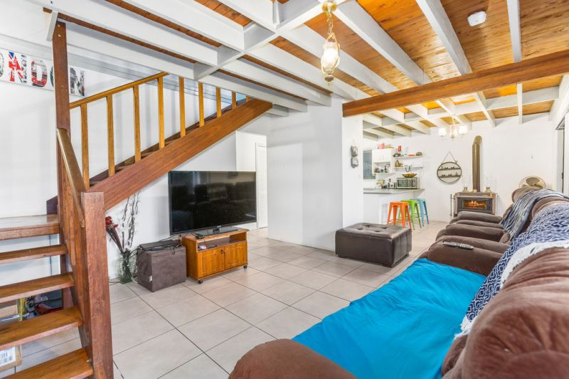 SOLD BY CARDOW & PARTNERS PROPERTY PH: 6654 1148