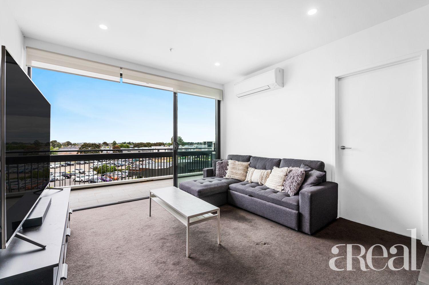 304/16 Lomandra Drive, Clayton South VIC 3169