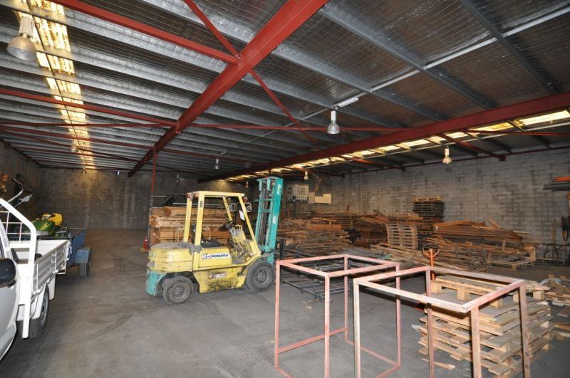 Central Garbutt warehousing - areas of 330 to 660 sqm
