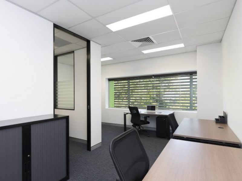Sunny, green offices only 5 minutes from the CBD Just $307 P/W!