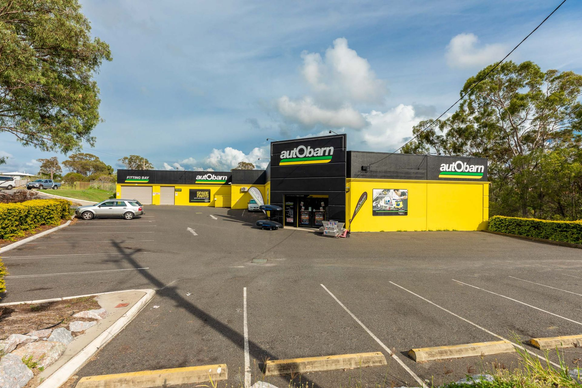 UNDER CONTRACT. Longstanding National Tenant 'Autobarn' - Immediate Liquidation