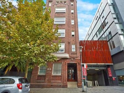 CHARMING ONE BEDROOM APARTMENT IN ART DECO BUILDING OPEN FOR INSPECTION: BY APPOINTMENT