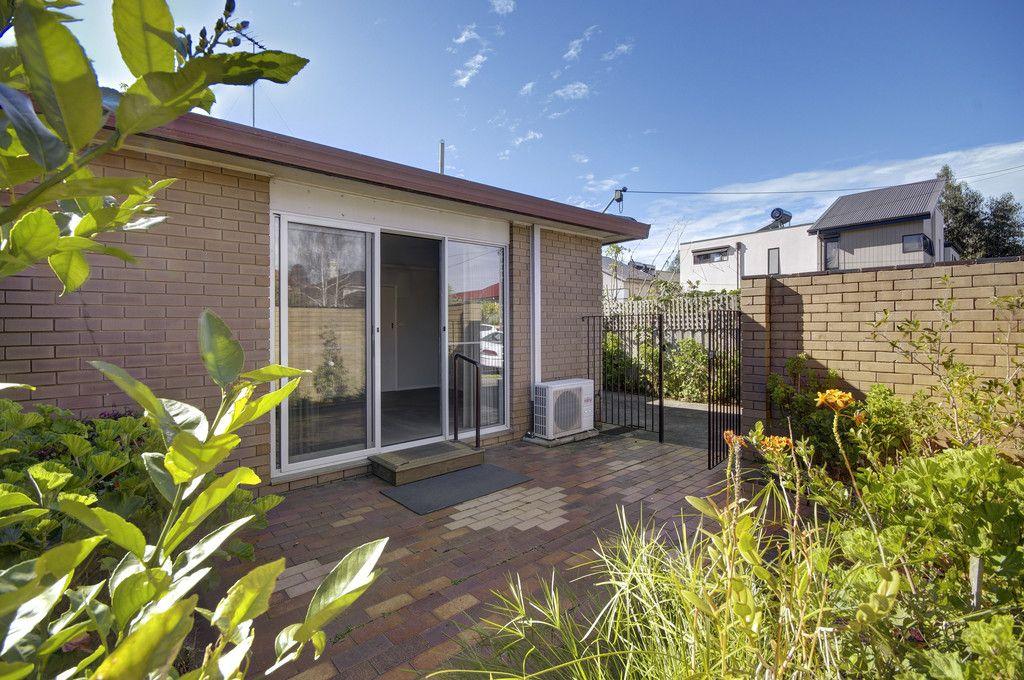 64 Villamanta Street</br>Geelong West
