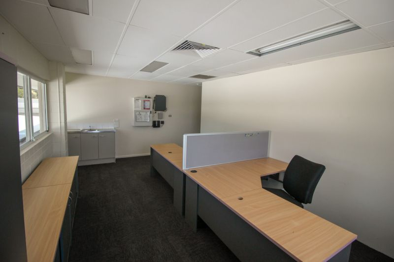Campus Shopping Village Office Suite For Lease